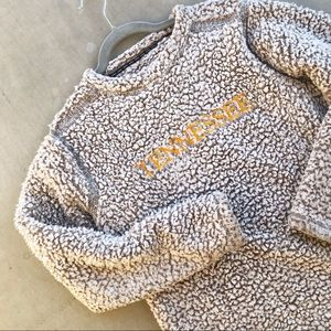 J. AMERICA Tennessee Teddy Bear Fleece Pullover
